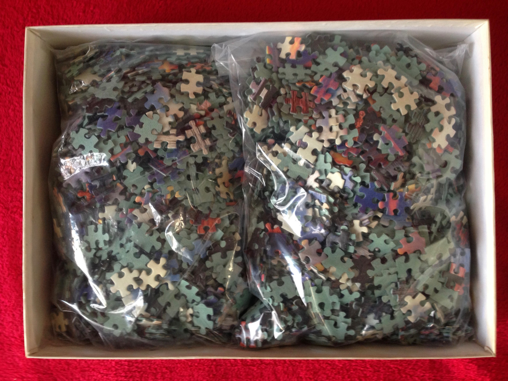 Image of the Puzzle 3000, Nathan, Clouds and Reflections, Complete, Picture of the Bag