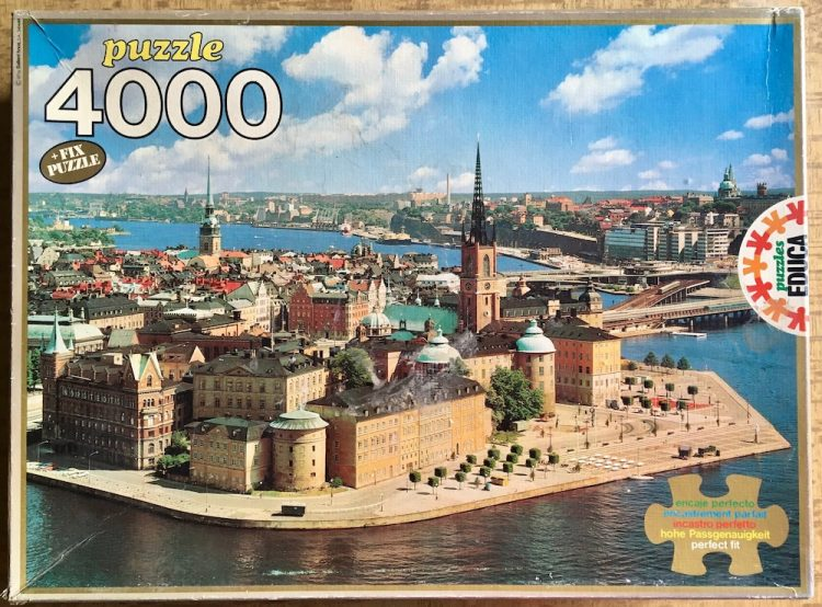 Image of the puzzle 4000, Educa, Stockholm, Riddarsholmen, Complete, Picture of the box