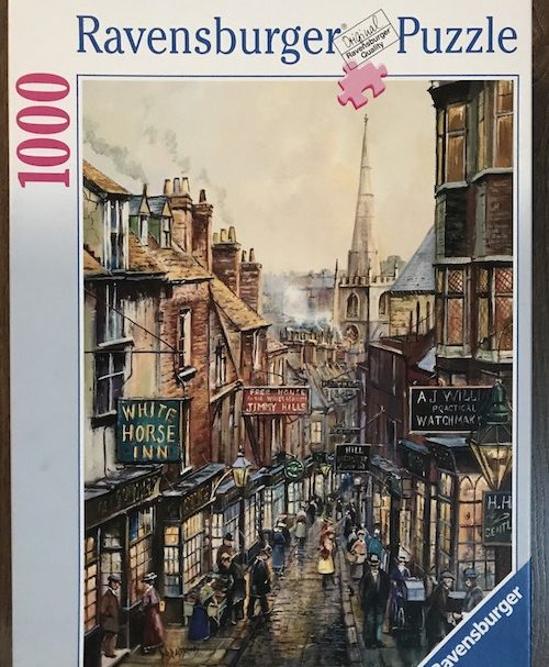 Image of the Puzzle 1000, Ravensburger, Christmas Steps, Complete, Image of the Box
