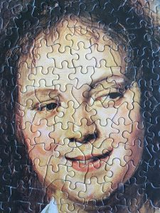 Image of the puzzle 500, Nathan, The Gypsy Girl, by Frans Hals, Puzzle Assembled, Close-up of the pieces