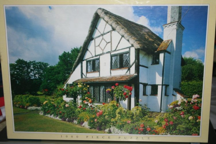 Image of the puzzle 1000, JR Puzzles, 15th Century Cottage, Woking, Surrey, Factory Sealed, Listed by Cathy