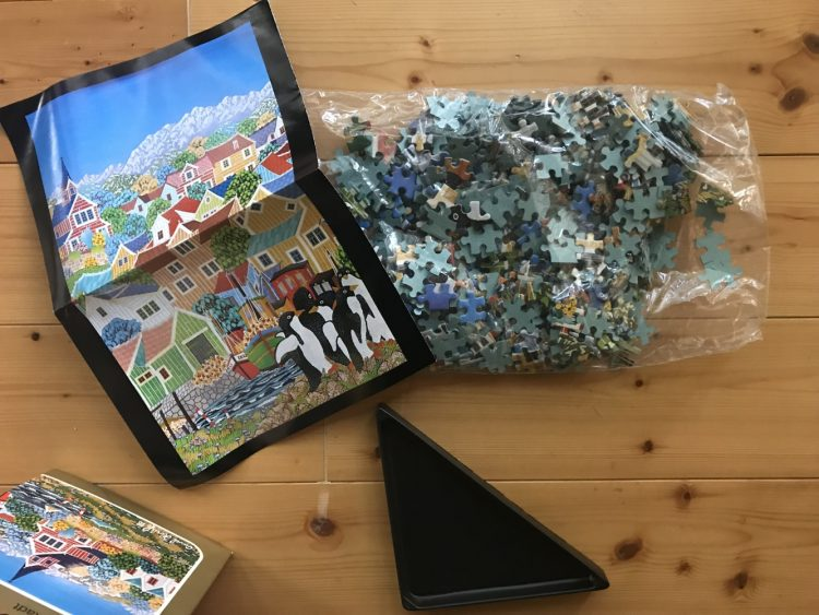 Image of the puzzle 500, Heye, Die Kleine Stadt, by Pavel Horák, Sealed Bag, Picture of the bag
