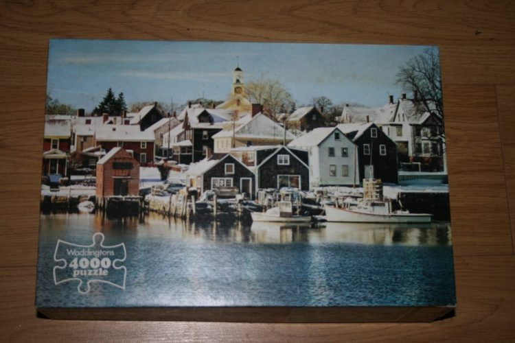 Image of the puzzle 4000 Waddingtons, Portsmouth, New Hampshire, USA, Sealed Bag, Picture of the box