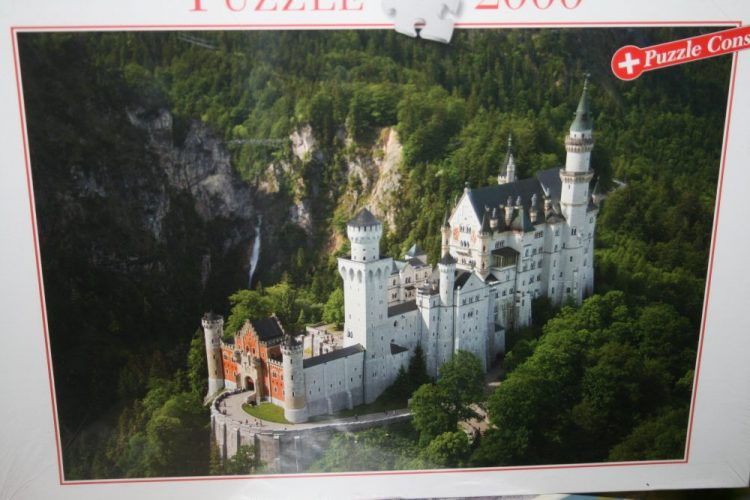 Image of the puzzle 2000, Blatz, Neuschwanstein Castle, Bavaria, Factory Sealed