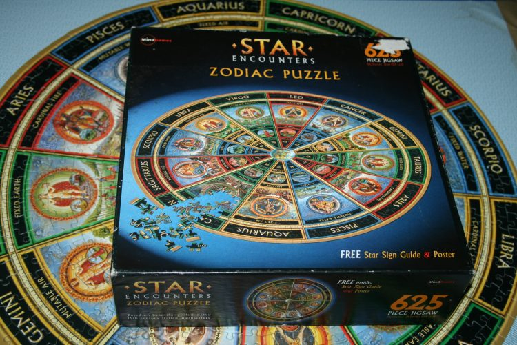 Image of the puzzle 625, Mind Games, Star Encounters, Complete, Picture of the box