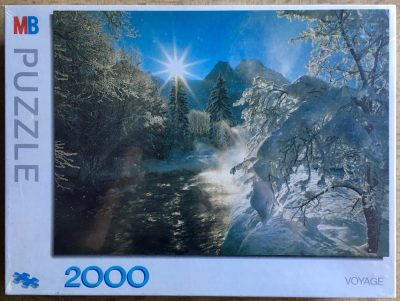 Image of the puzzle 2000, MB, Winter Scene, Factory Sealed