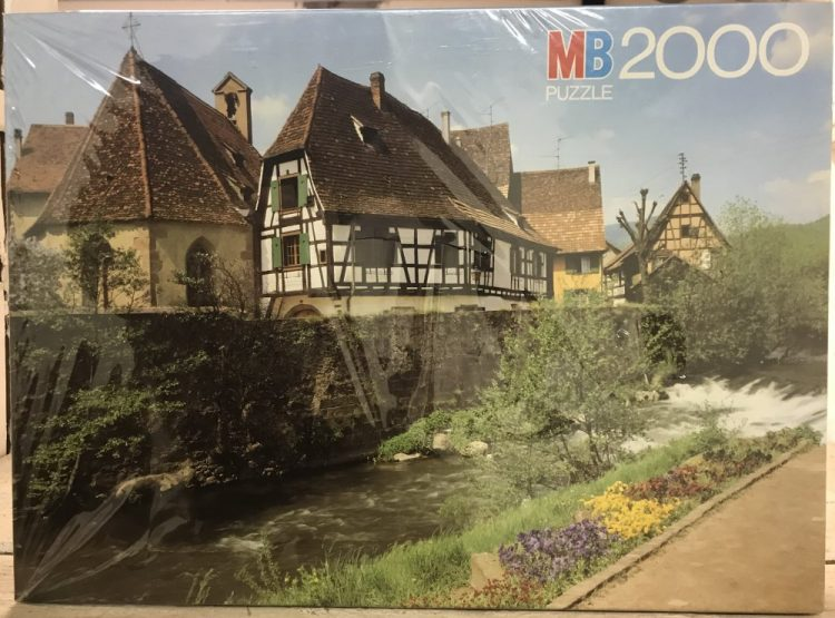Image of the puzzle 2000, MB, Kayserberg, Alsace, Factory Sealed, Picture of the box