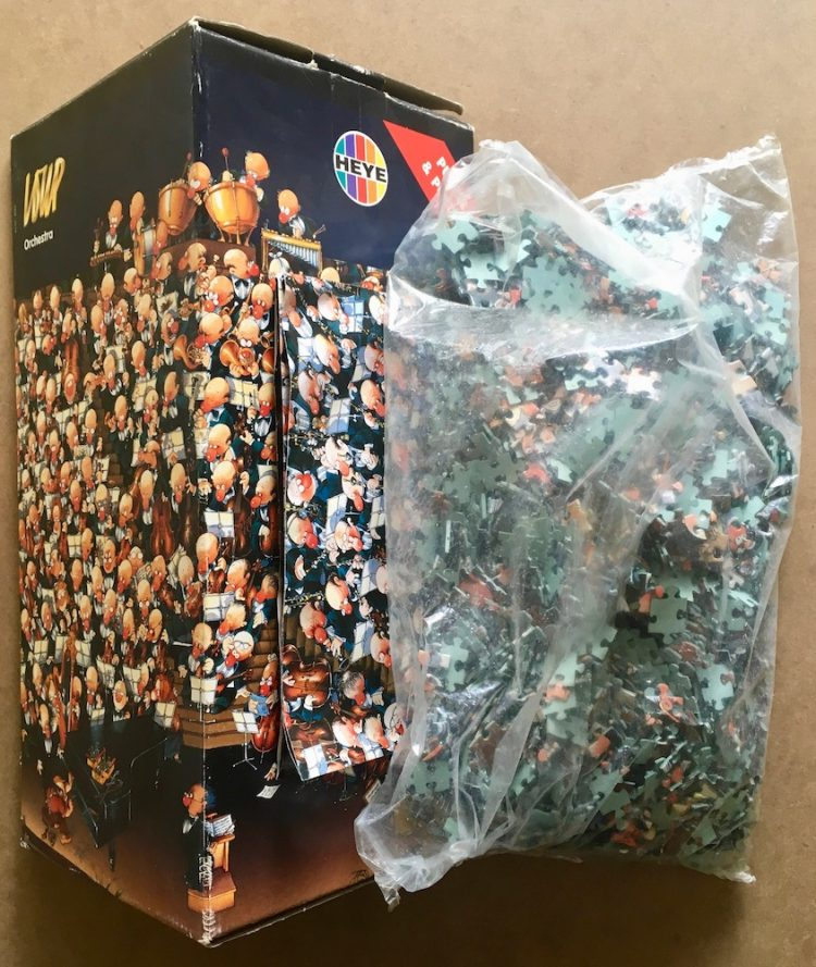 Image of the puzzle 2000, Heye, Orchestra, by Jean-Jacques Loup, Sealed Bag, Picture of the contents