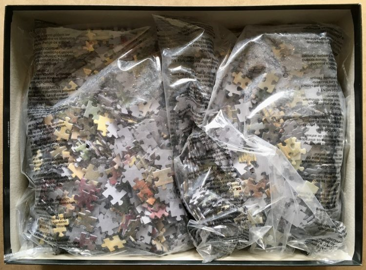 Image of the puzzle 3000, Schmidt, Lamplight Manor, by Thomas Kinkade, Sealed Bag, Picture of the bag