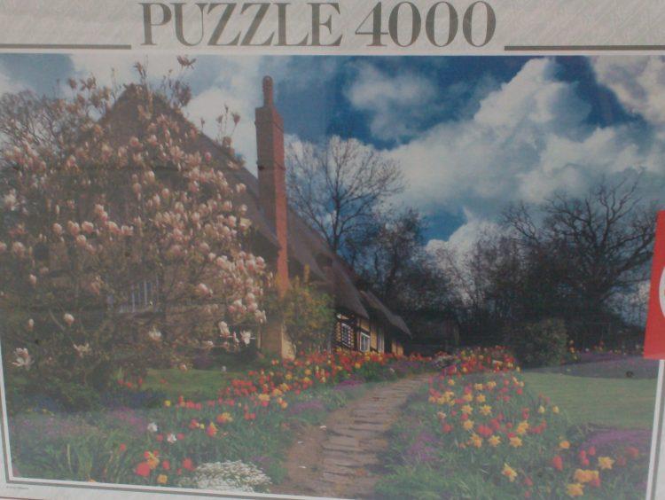 Image of the puzzle 4000, Educa, English Cottage, Factory Sealed