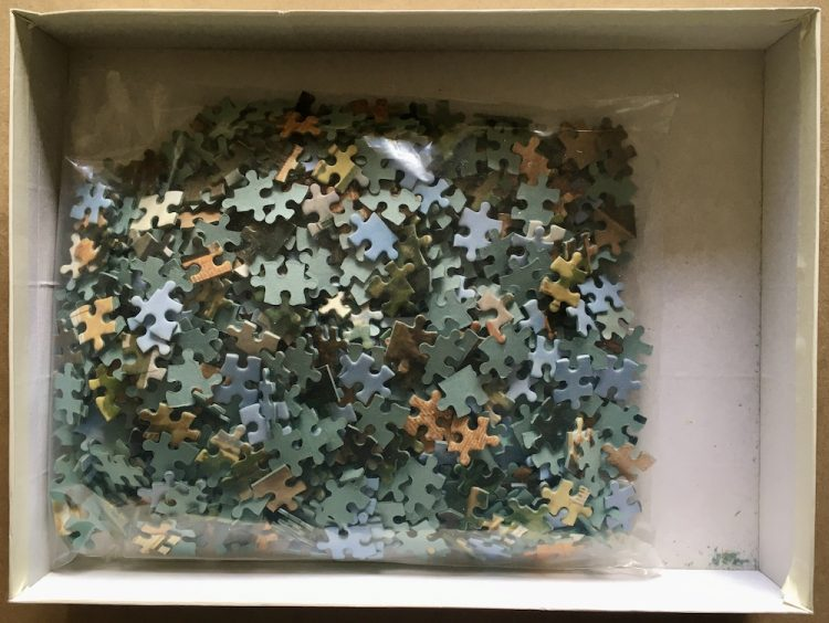 Image of the puzzle 1000, Waddingtons, Dorset, England, by Edmund Nagele, Complete, Picture of the bag