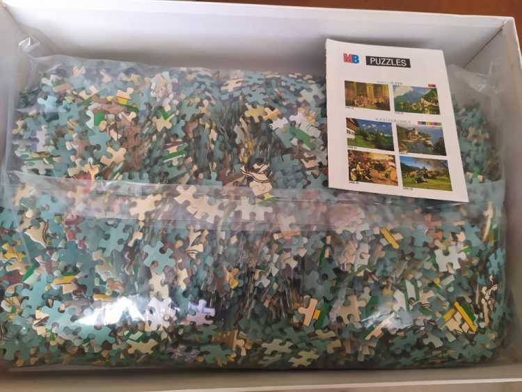 Image of the puzzle 6000, MB, The Beautiful Gardener, Calendar 1896, by Eugène Grasset, Sealed Bag, Listed by Barebrain, Sealed Bag, Picture of the bag