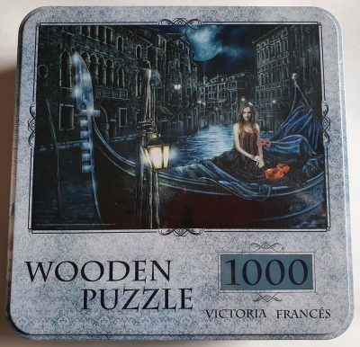 Image of the puzzle 1000, ADEX, Exiles Princess, Victoria Francés. Picture of the box.