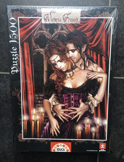 Image of the puzzle 1500, Educa, The Lovers, Victoria Francés. Picture of the box.
